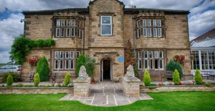 Rogerthorpe Manor Hotel